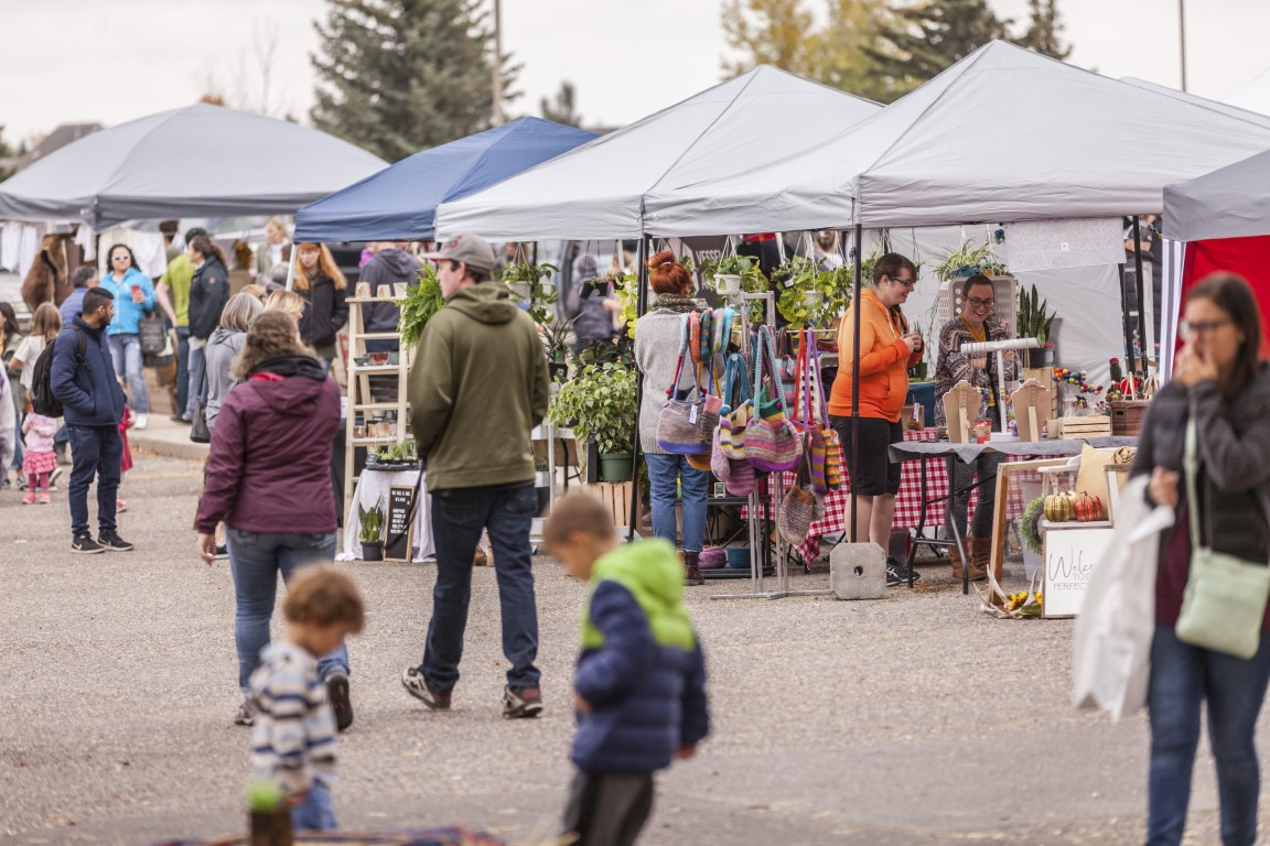 LC-Coulee-Fest-Market-2.jpg