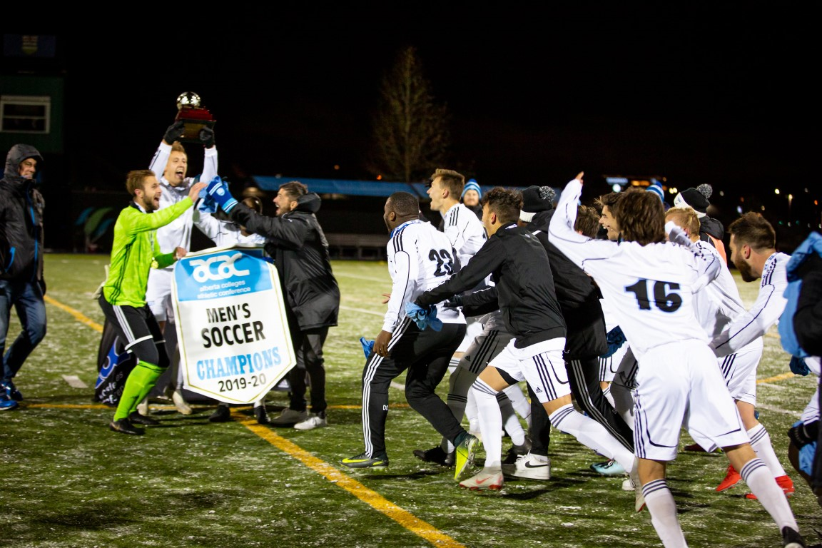 LC-MSOC-ACAC-Champs-3.jpg