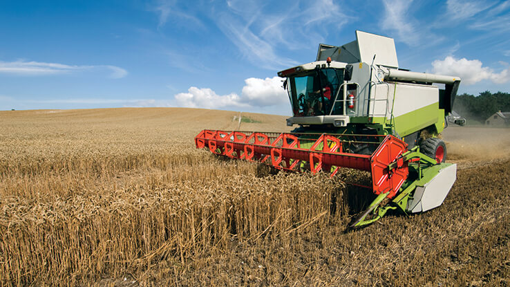 overview-agricultural-equipment-technician.jpg